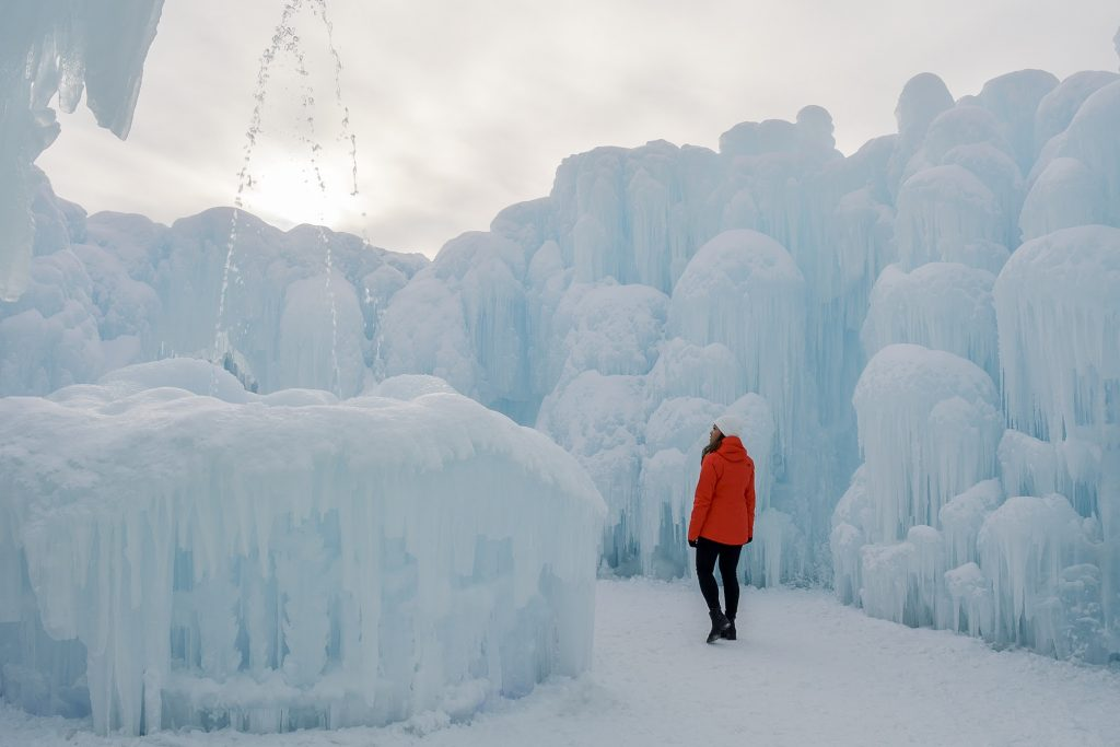 frozen water fountain in ice castle