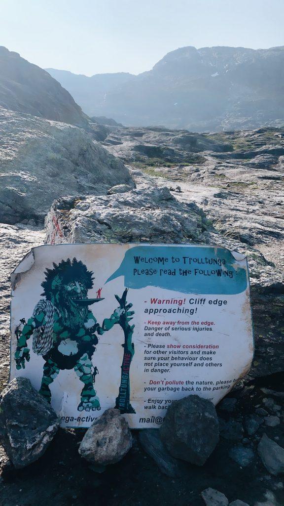 Norway hike Trolltunga