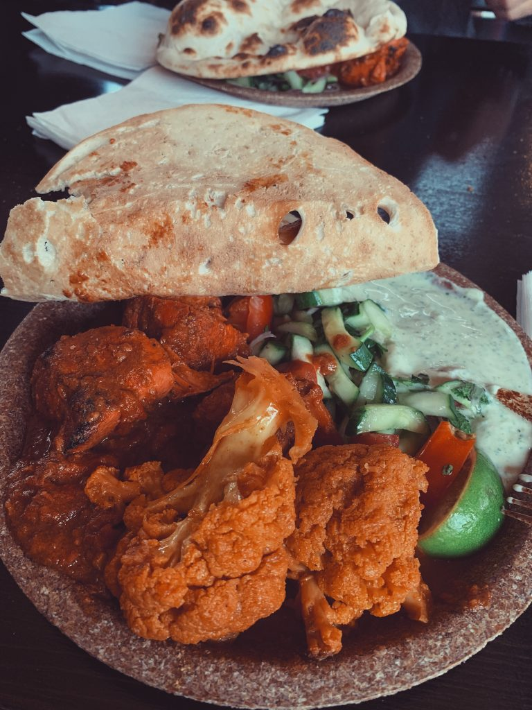 indian cauliflower and naan bread